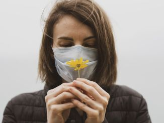 потеря запаха при коронавирусе снижает качество жизни