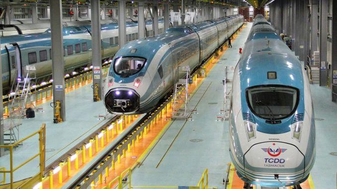 Los graduados de los sistemas ferroviarios esperan su nombramiento