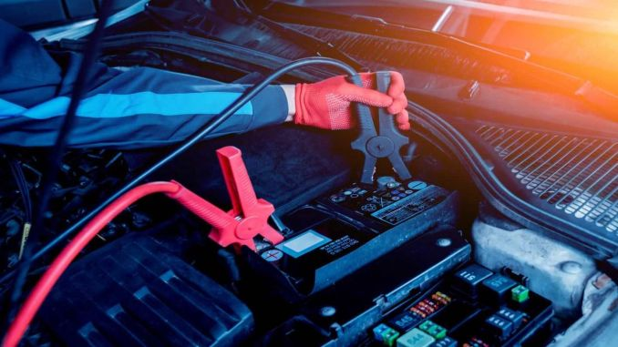 Kakšna je prednost akumulatorja vozila, kaj storiti, ko je v vozilu prazna baterija