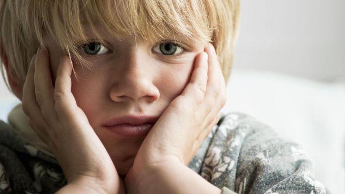 """مشكلة """"المراهقة المبكرة"""" التي تتزايد بسرعة"""