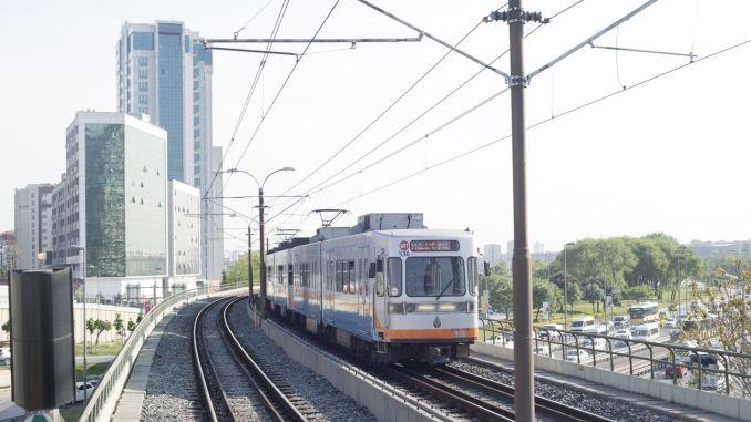 Pembatasan jam perjalanan metro Istanbul