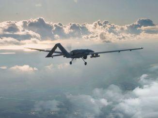 Bayraktar tb siha a zburat cu muniție inteligentă domestică bozok