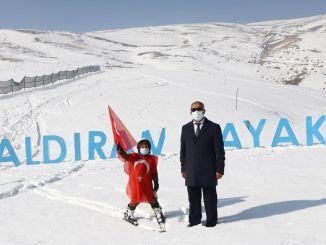 caldiran belediyesi gelecegin milli kayakcilarini yetistiriyor