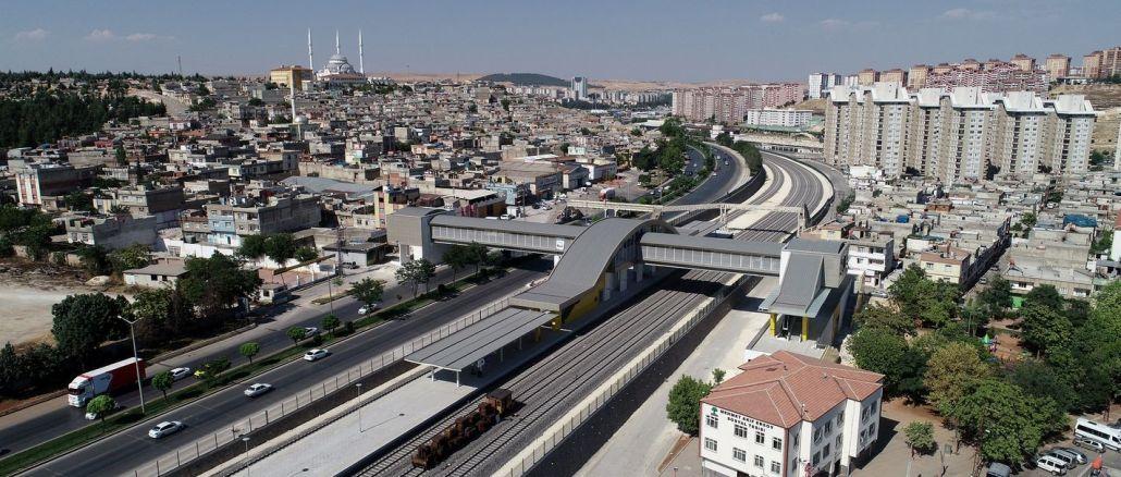 gaziray icin elektrikli tren seti alimi imza toreni yarin duzenlenecek