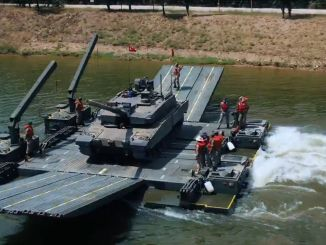 Sable mobile swimmer attack bridge successfully transported the altay tank