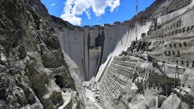 Three ministers examined the construction works of the dragonfly dam