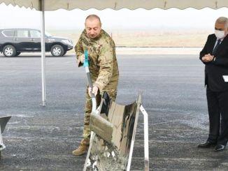 azerbaycan nahcivan demir yolunun temeli atildi