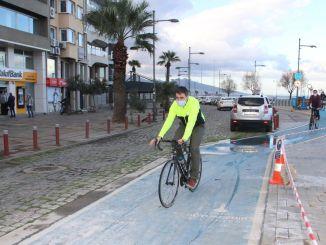 Fahrrad wird ein Bürofahrzeug in der neuen Welt sein