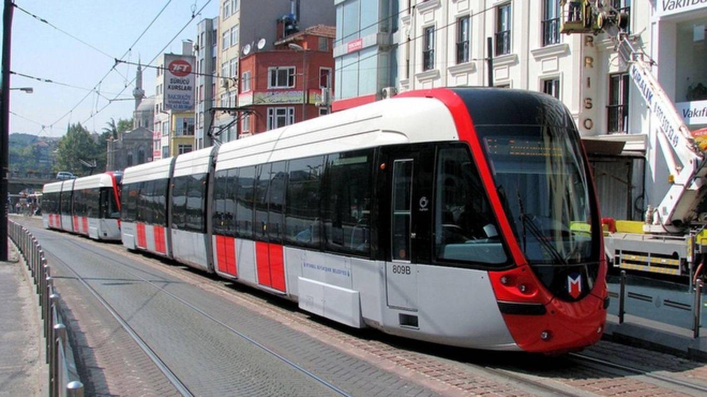 raspisivanje natječaja tramvajske linije radovi na izgradnji asfaltnog kolnika