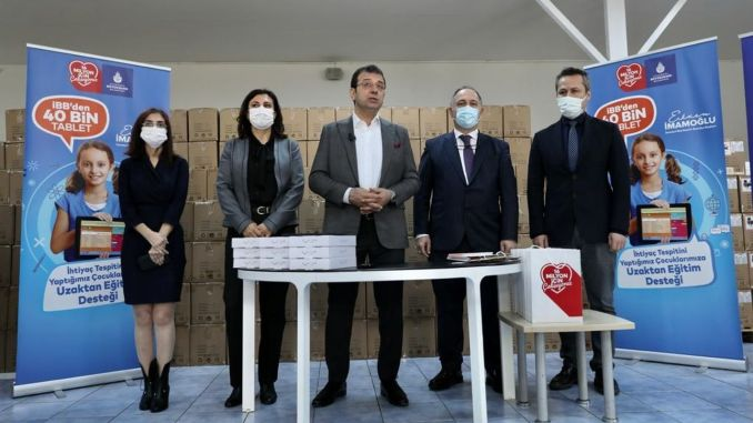 imamoglu started the distribution of thousand tablets for poor students