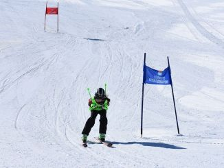 Skiers compete in the governor's cup in isparta