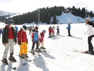 kids with army had fun with free ski training