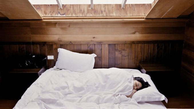 Get a good night's sleep for solid immunity