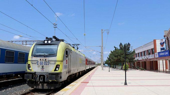Kapikule ringed regional passenger train hosted its first passengers