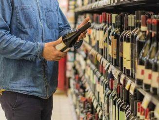 Las bebidas alcohólicas no se venderán en cierre completo.