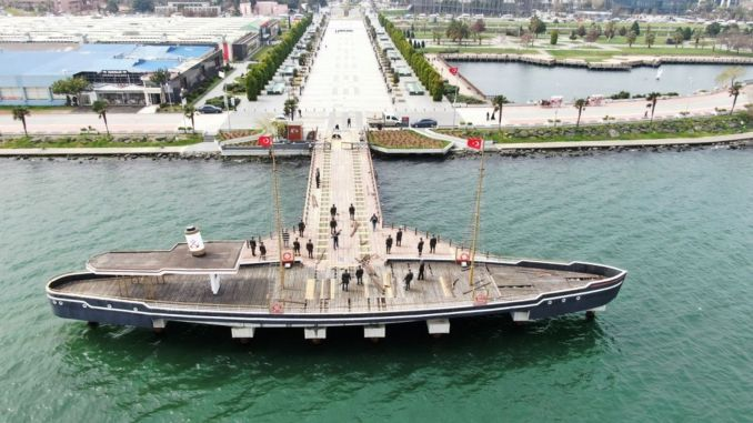 The dock where Ataturk and his comrades set foot first in samsuna was taken into maintenance.