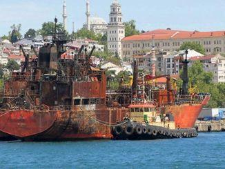 pobídkovou podporu ze strany ministerstva staviteli lodi, kterou sešrotovala