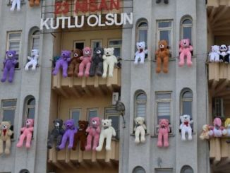 batman afad building equipped with toy bears for kids