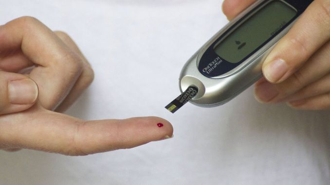 caution when diabetic patients fast
