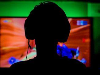 El nuevo objetivo profesional de los jóvenes es ser un jugador de deportes electrónicos.
