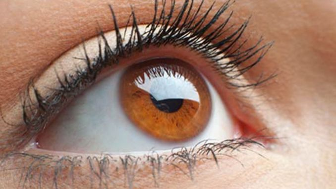 What are the symptoms of dry eyes?