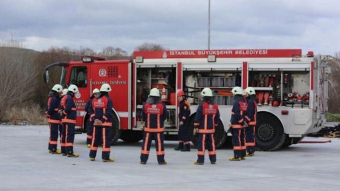 イスタンブールブユクセヒル市は消防隊を購入します