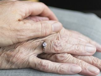 Patients with Parkinson's disease have important tasks for their relatives