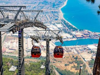 Tunektepe cable car opens its doors to visitors on April