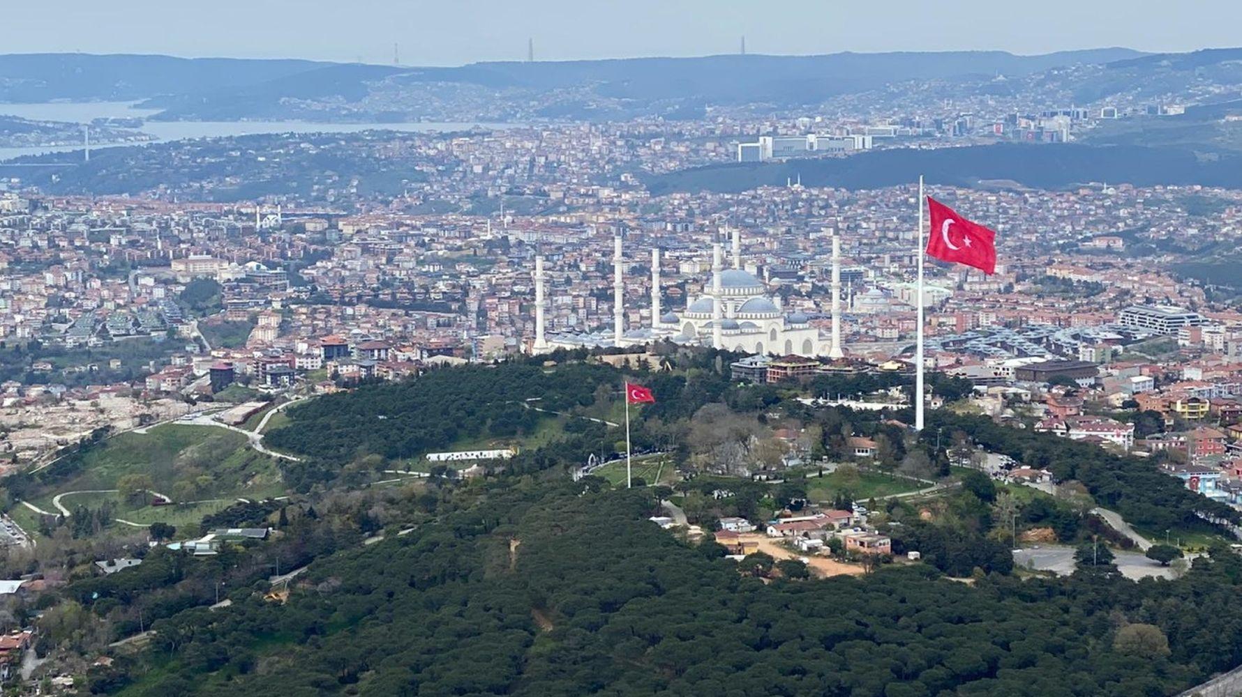 Turkiyenin the highest flagpole in the largest Turkish flag always dalgalandiracagiz