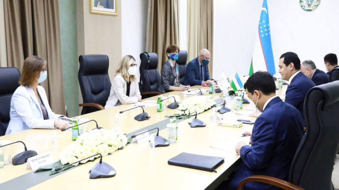 support from world bank for Uzbekistan's grave serif Kabul pesaver railway project