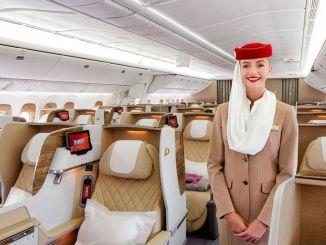 emirates dianugerahi dalam tiga kategori, termasuk maskapai terbaik di dunia