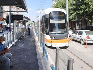 ضبط التطبيع لخدمات الترام والحافلات في إسكي شهير