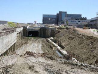 توقفت أعمال البناء على خط ترام مستشفى مدينة كوجالي