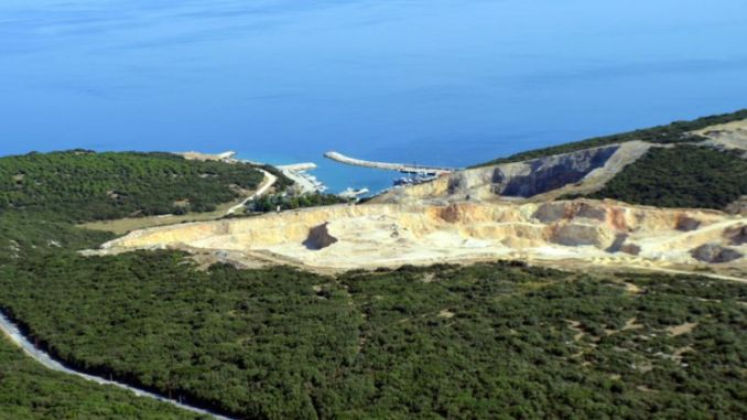 Referendum Vorschlag für Saros Fsru Schiff Pier