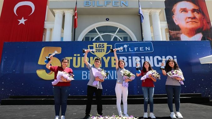 The student became the first in Turkey in the lgs exam