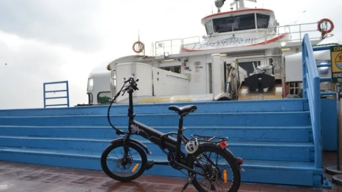 Those who ride the ferry by bicycle in Izmir are paying kurus.