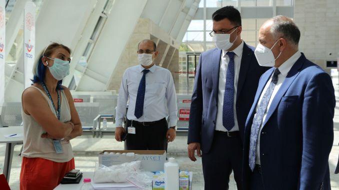 تستمر دراسات لقاح كوفيد في أنقرة