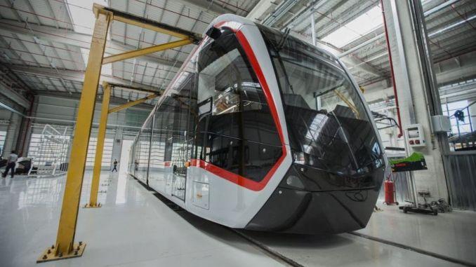 bozankaya unterzeichnetes High-Tech-Produkt inländische Produktion Straßenbahnen europäischer Passagier