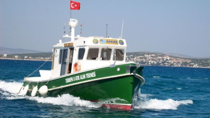 Let's protect our seas before they pollute arkas turmepa ii waste collection boat opened the summer season