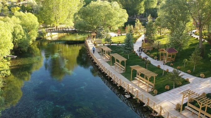 natural aquarium is getting ready to welcome its visitors to gokpinar lake
