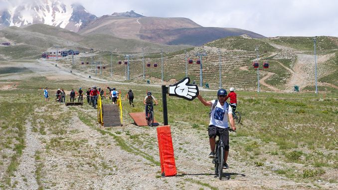 erciyes bike park bike season has started with fun games