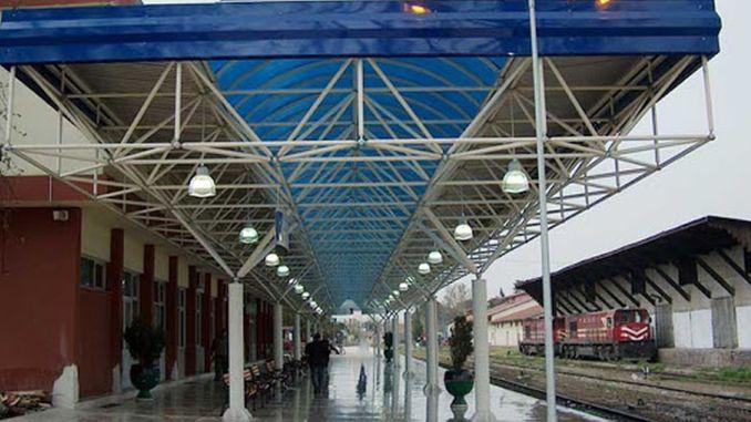 Lauko apšvietimo darbai bus atliekami stotyse ir stotyse.