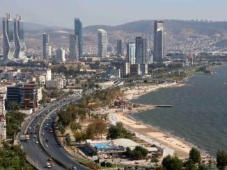 Housing sales in Izmir increased by a percent