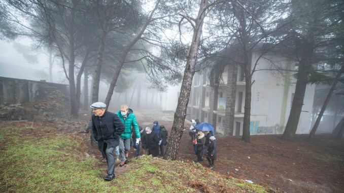 The tender for the Yamanlar Mountain facilities was awarded to the Izmir Metropolitan Municipality.