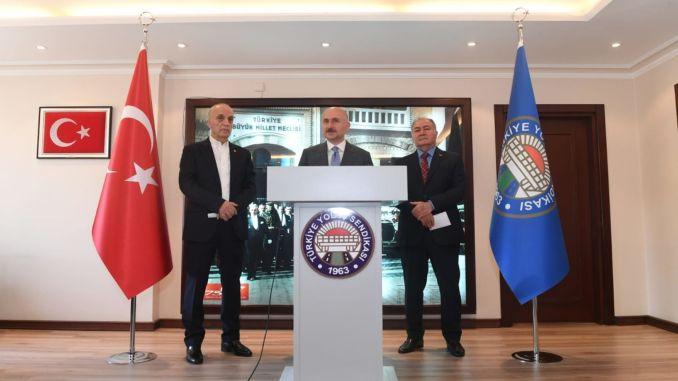 minister karaismailoglu visited turkey road job union