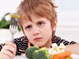 Nếu con bạn không ăn, đừng đưa ra các lựa chọn thay thế