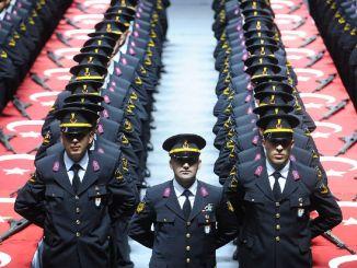Các sinh viên hạ sĩ quan ứng cử sẽ được nhận vào lực lượng hiến binh