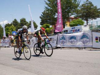 התרגשות ממרוצי האופניים הכבישיים erciyes בקייזרי