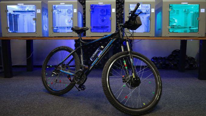 אופניים קלאסיים הופכים לאופניים חשמליים בשיתוף פעולה של zaxe ו- byqee