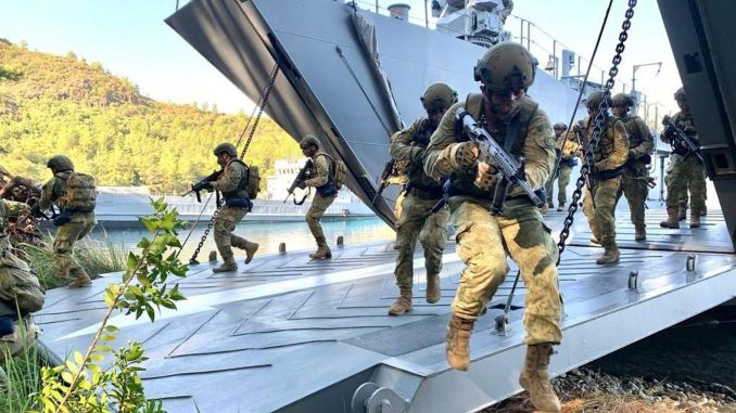 Transition amphibious assault and single ship trainings from the turkish navy